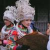 Tour du lịch Trung Quốc Phượng Hoàng Cổ Trấn từ Hà Nội - Người Miêu