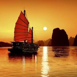 Tour tham quan vịnh Hạ Long trong ngày